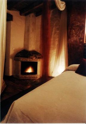 Casa rural romantica y hotel rural con spa privado orgullo rural orgullo rural casa - Casas rurales con jacuzzi y chimenea ...