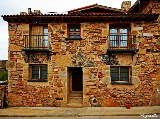 Casa rural romantica y hotel rural con spa privado - Ver chimeneas rusticas ...