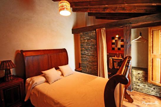 Casa rural romantica y hotel rural con spa privado for Casa rural romantica madrid