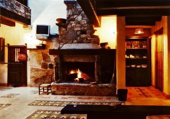 Casa rural balneario servicio chimenea - Chimeneas para casas ...