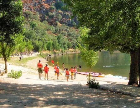 Guia para casas rurales con piscinas naturales orgullo for Piscinas naturales salamanca