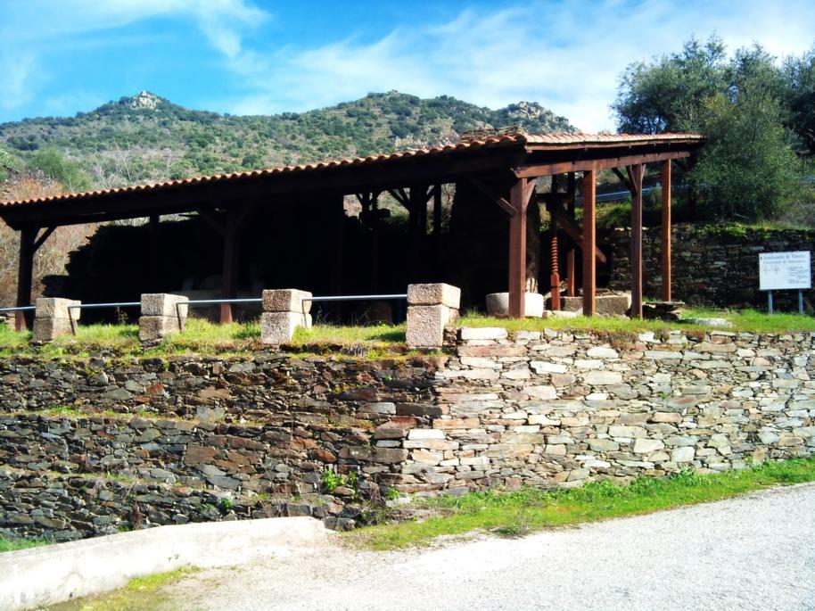 Casa rural romantica con spa privado orgullo rural for Casa rural romantica madrid