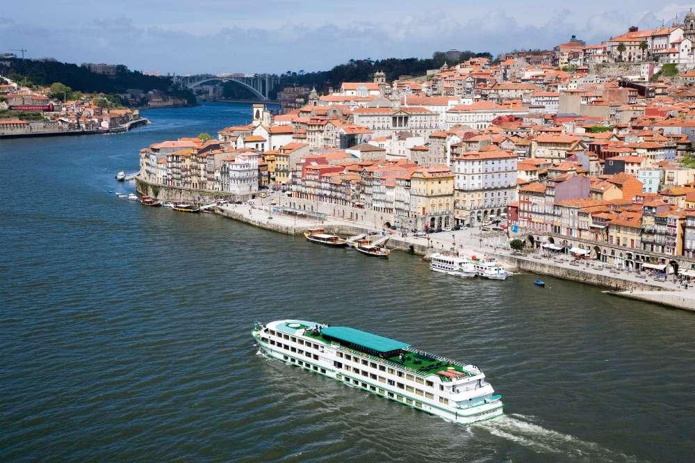 tren Oporto Arribes del Duero, estación de Oporto a Pocinho