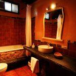 baño hotel rural y casa rural con spa orgullo rural