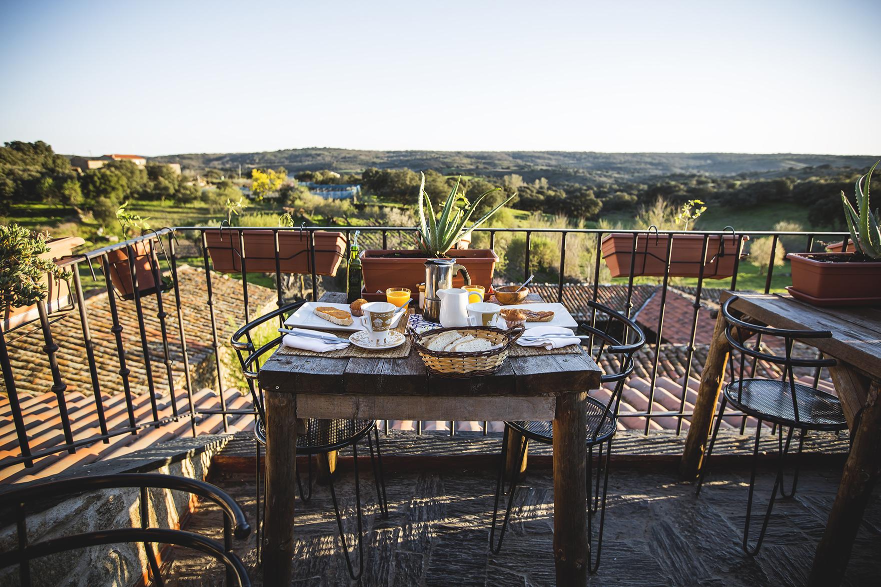 desayunos y cenas con encanto en la terraza
